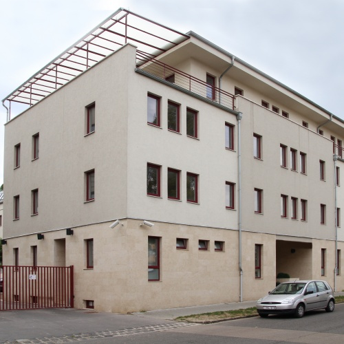 4 storey office building in 13. district