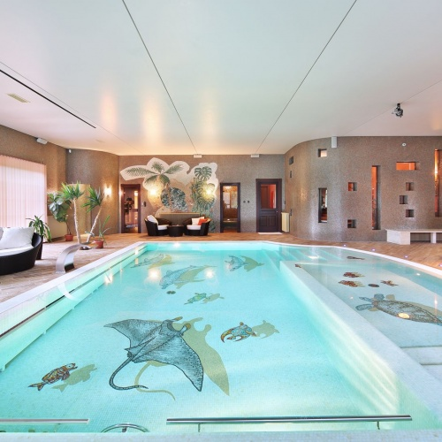 Luxury family estate near Budapest