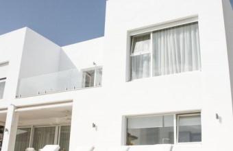 Villa for sale in El Herrojo within Walking Distance to Amenities