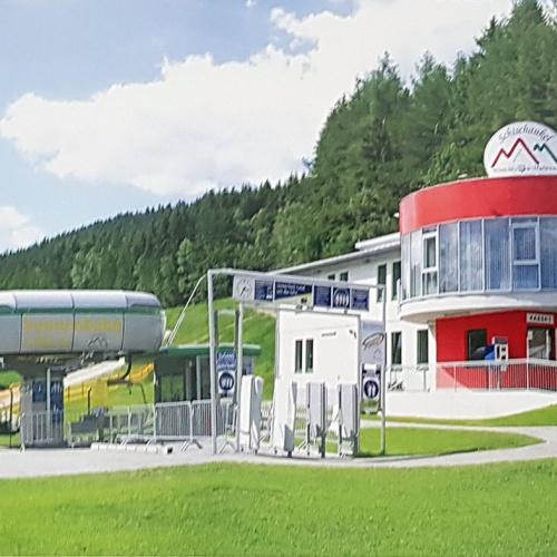 Mönichkirchen - Ausztria - részben befejezendő 4 szintes szállodaépület eladó