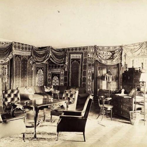 Eklektikus stílusú kastély 1898-ból